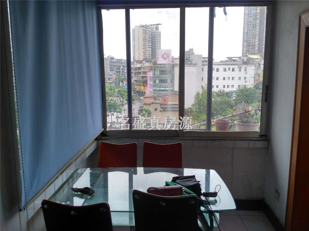 500元租徐家扁学校附近+简装两室+带空调